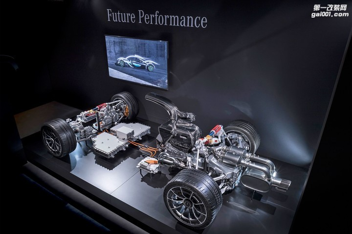 2019-mercedes-amg-project-one-powertrain-06.jpg